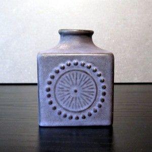 Retro vase - Designer Deals