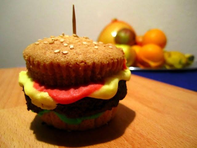 ... Burger Cupcakes auf Pinterest | Hamburger Cupcakes, Cupcake und Burger