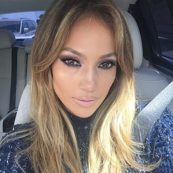 Jennifer Lopez could give Kim Kardashian a run for her money in the selfie department.