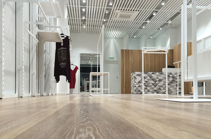 ON LINE   Κατάστημα ενδυμάτων   My Mall   Λεμεσός   Κύπρος   iidsk     Interior Design & Construction