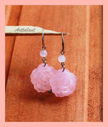 """Серьги """"Розовый сад"""" - кварц розовый, резные розы"""