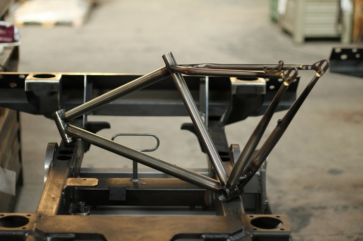 one of our singlespeed 29er frames with option for a belt drive