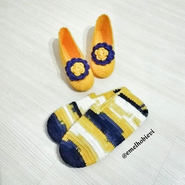 Emel Hobi Evi iyi geceler diler 😄😎 . #patik #slippers #womenslippers #pinetki #evayakkabisi #evbabeti #babetpatik #knitting #crochetslippers #handmade #pembe #pembeseverler #evimguzelevim #englishhome #madamecoco #a101 #bim #sivas #ikea #ceyizhazirligi #gelinlik #amugurimi #nako #orgu #örgü #blanket #fb #fener #fenerbahce #fenerbahçe