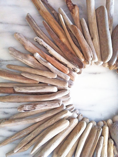diy driftwood wreath--could use mirror in the  middle