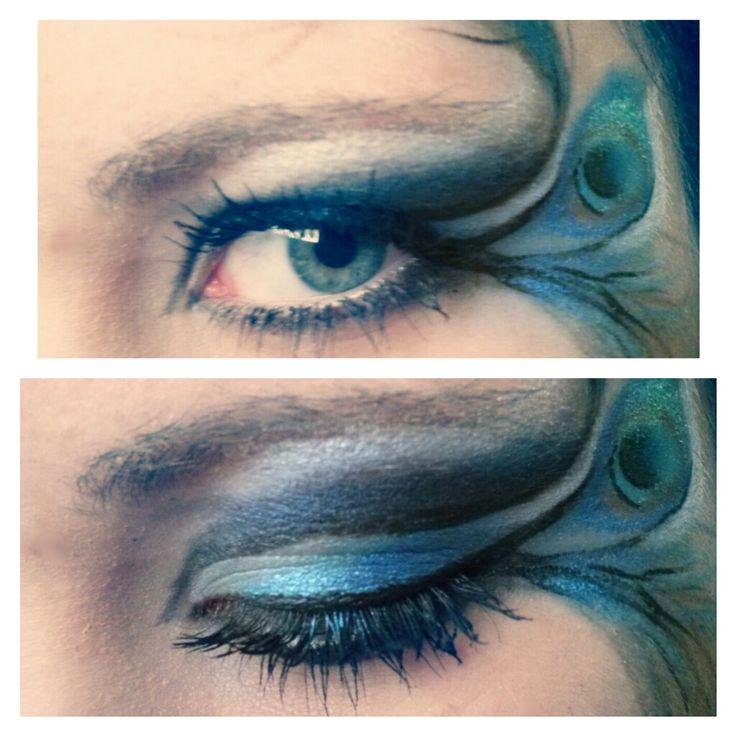 Maquillaje de ojos con pluma de pavo real, perfecto para carnaval. #Makeup #Carnaval
