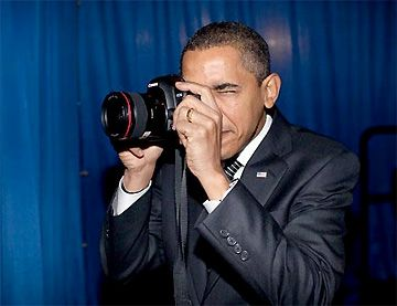President Obama uses a Canon