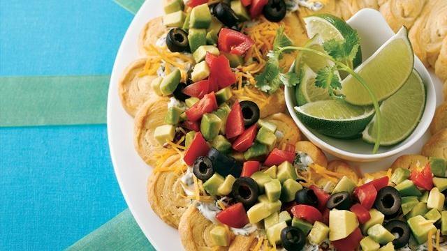 Taco Crescent Wreath   Recipes   Pinterest