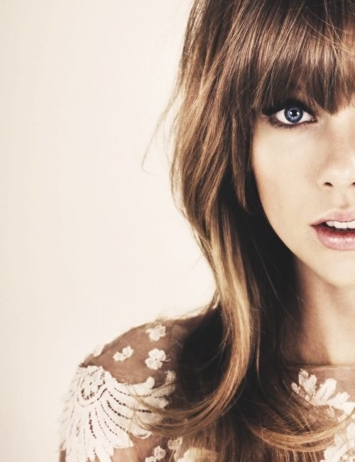 Why can't I just look like Taylor already. She is so gorgeous