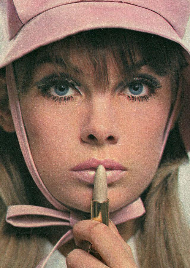 1960s fashion & style! - 「明日という字は、明るい日とかくのね・・・」