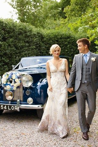 What bride would not want to be driven away in this car!?!