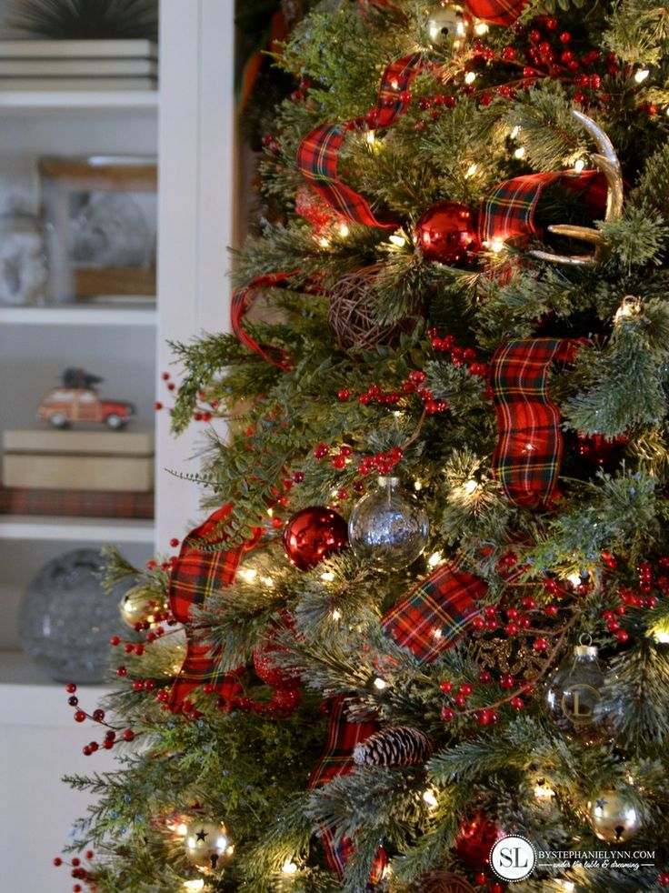 17 Best Ideas About Plaid Christmas On Pinterest Rustic