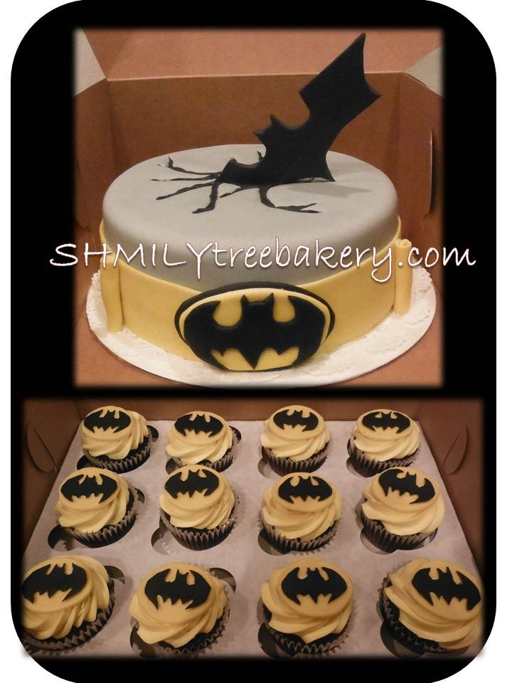 Batman cake and cupcakes