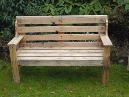 Banc en palette recycl id es d co pinterest meuble for Mobilier terrasse palette