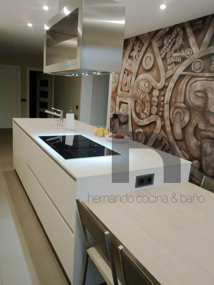 Campana decorativa en isla I-960 INOX para el cliente Hernando CYB Hernando