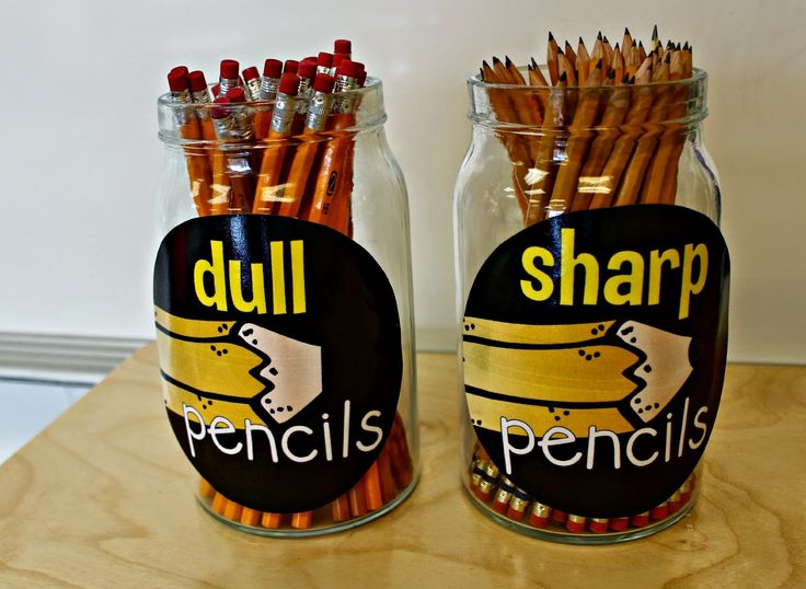 Smart teaching hack! Have a bin for dull pencils and another with sharp pencils. No more pencil sharpening in the middle of work time.