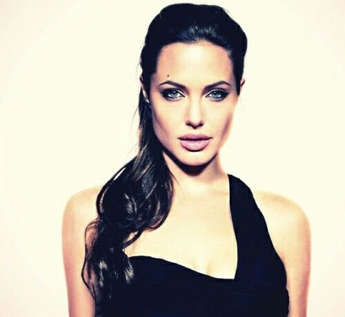 Anjolina Jolie