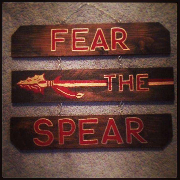 Fear the spear florida state university pallet art for Fsu bedroom ideas