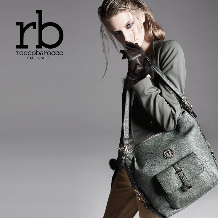 Linee semplici ed aspetto vintage, caratterizzano lo zaino Lobster di #rb by #roccobarocco. Da #Miriade in diversi colori. Vieni a scoprirlo! #borse #accessorimoda #fashion #musthave #design #vintage #shopping #brand #italianstyle #bags