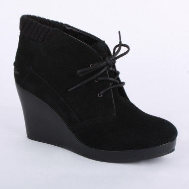 Lacoste Leren 4 Womens Wedge Ankle Boots in Black