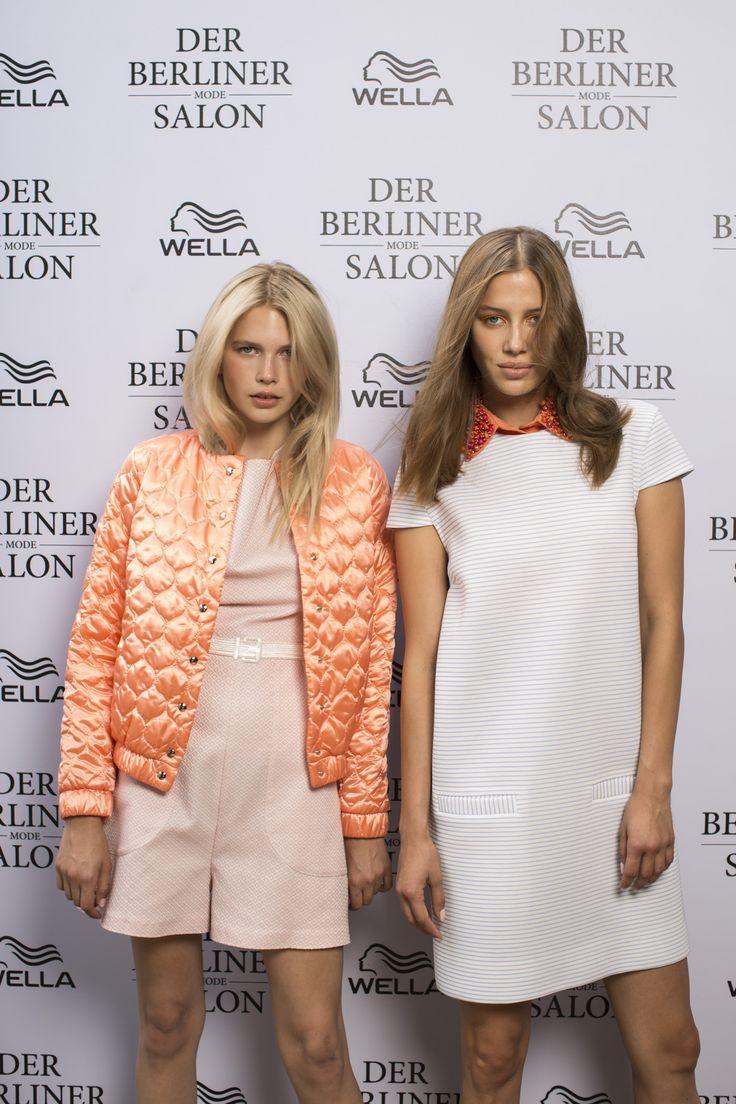 Wir durften vor den Shows der Berliner Fashion Week letzte Woche hinter die Kulissen der Défilés schauen und können euch nun die Backstage-Beauty-Secrets für den kommenden Sommer verraten. Das Wella Professionals Team war nämlich nicht nur bei uns im #BloggerBazaarHQ präsent, sondern erneut Partner des Berliner Modesalons. Mehr dazu findet ihr hier http://www.blogger-bazaar.com/2016/07/06/hairtrends-sommer-2017/  Wella Professionals Hair Beauty Trends Berlin Fashion Week Mercedes Benz