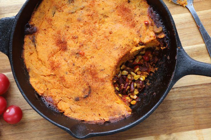 Découvrez notre recette facile de pâté végétarien aux patates douces, haricots rouges , maïs et poivron. Un souper rapide et santé!