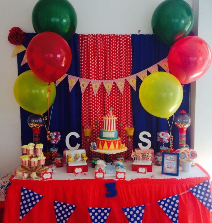 Circus lolly buffet