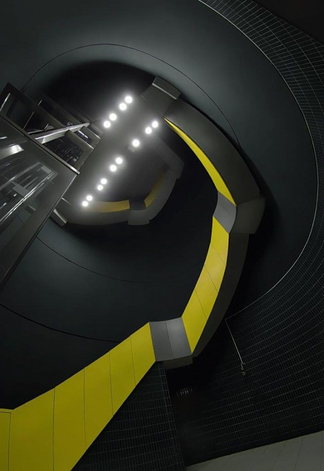 After the impressive shots of the Stockholm metro, here is the series of photographer Nick Frank on style futuristic metro city Munich. Made a very minimalist and surreal without the presence of passengers. To discover in our gallery, available later in the article.