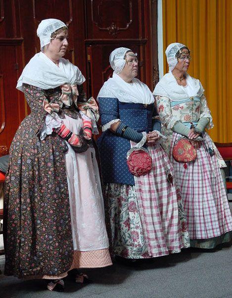 Kostuums + oorijzerdracht ca. 1780 #NoordHolland #Zaanstreek
