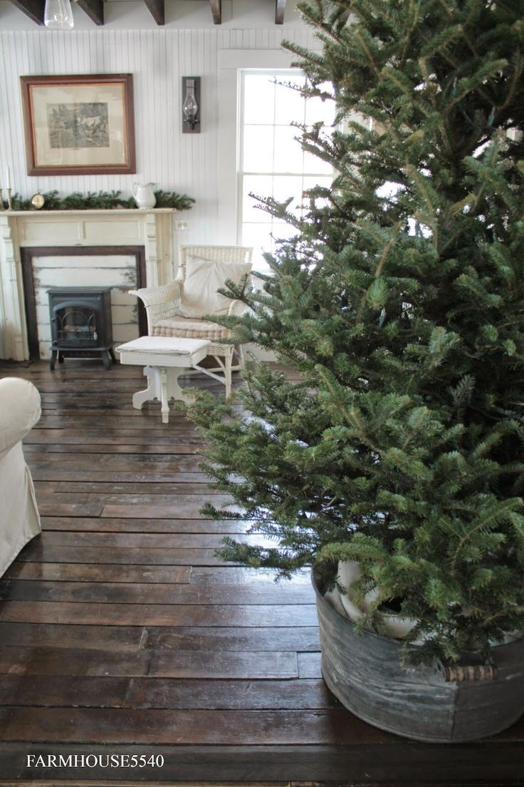Now that Christmas is in full swing it�s time to get those trees up. We found21 of the best Christmas Tree Stand Ideas whichare a unique alternative to tree skirts and will add the perfect finishing touches to your Christmas tree. If you�re looking for
