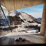 Nytt liv i gamal løe // Ope hus i påsken @opaform_arkitekter #løeiendring #arkitektur #unikovernatting @fjordnorway @visitvoss #myrkdalen #myrkdalenhotel