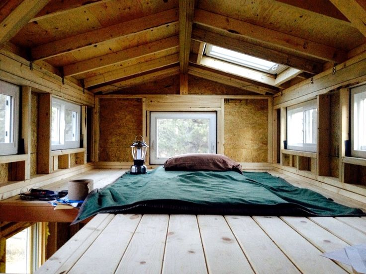 JStalls Tiny House Loft! Awesome And Great Light From Windows! Guess You  Can Do