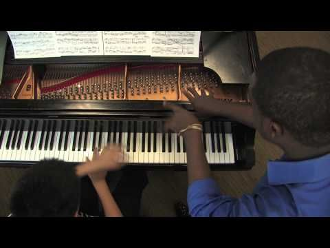 Teenage pianist Kadar Qian and beatbox extraordinaire Kevin Olusola of the Pentatonix (NBC's Sing Off) reinvent the Goldberg Variations.