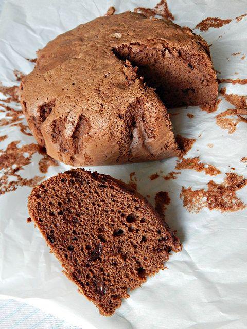 Шоколадный бисквит с шоколадом, корицей и кофе. Рецепт с пошаговыми фотографиями и очень красивое описание.   horoshogromko.ru