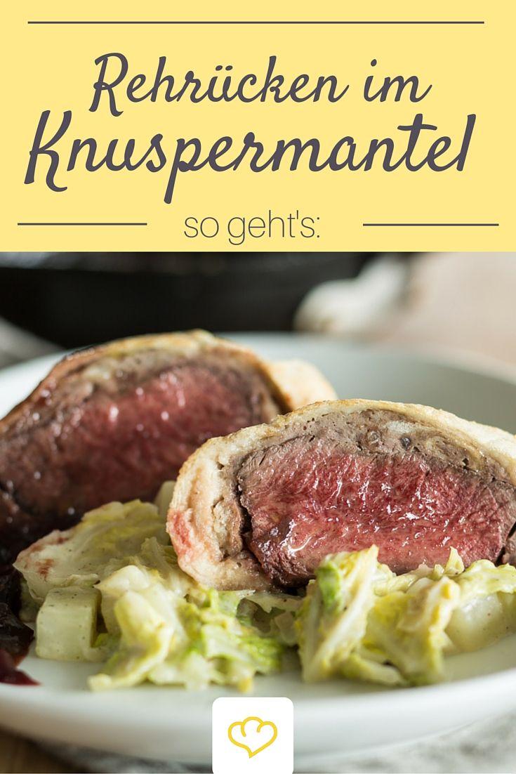 Zartes Rehfleisch im knusprigen Brotmantel mit rahmigen Wirsinggemüse - ein festlicher Hauptgang für den dich deine Gäste verehren werden!