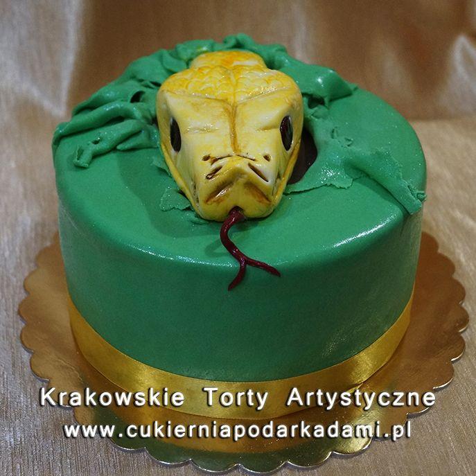 214. Tort z głową węża. The head of the snake cake.