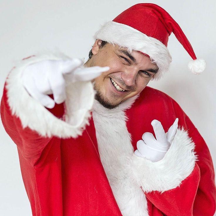 Tak co už máte všechny dárky?? . . . #darky #vanoce #santa #ati #astishow #realgeek #christmas