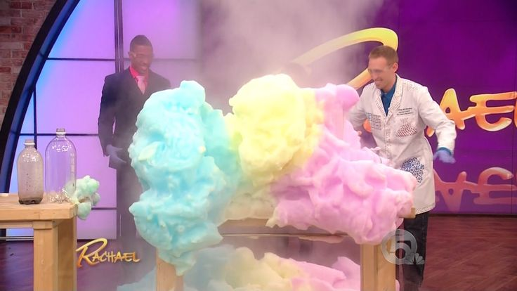 http://www.DancingScientist.com Fun science experiments featured on the Rachael Ray Show, with guest host Nick Cannon. Jeffrey Vinokur (aka The Dancing Scien...
