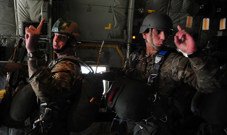 Soldiers from the U.S. Army National Guards 20th Special Forces Group (Airborne) indicate one minute left until jump time during a friendship jump over Jordan June 2 2014 during Exercise Eager Lion [3856  2296]