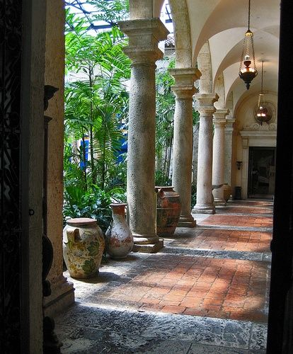 This would be the colonnade opening into my conservatory in my dream mansion ... lol.