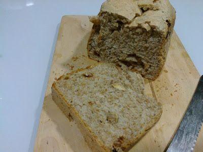 Pão integral com sementes e sultanas