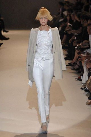 Givenchy Fall 2007 Couture Collection Photos   Vogue