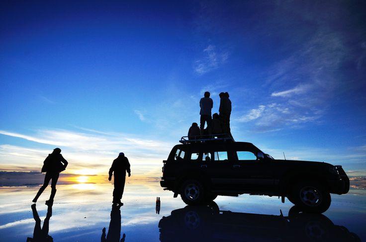 """世界一の絶景!天空の鏡""""ウユニ塩湖""""、天空の城""""マチュピチュ""""を5人で旅しよう! - トリッピース トラベルガイド"""