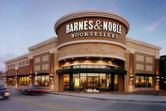 thesmithian:   Barnes  Noble Inc. … moved closer to breaking up the largest U.S. bookstore chain after its chief executive officer resigned and it named a manager with a history of spinning off units…