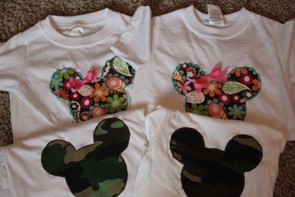 Make your own shirts - for guys and girls. http://www.thiscrazyblessedlife.com/2011/09/tutorial-mickey-and-minnie-custom-tees.html#