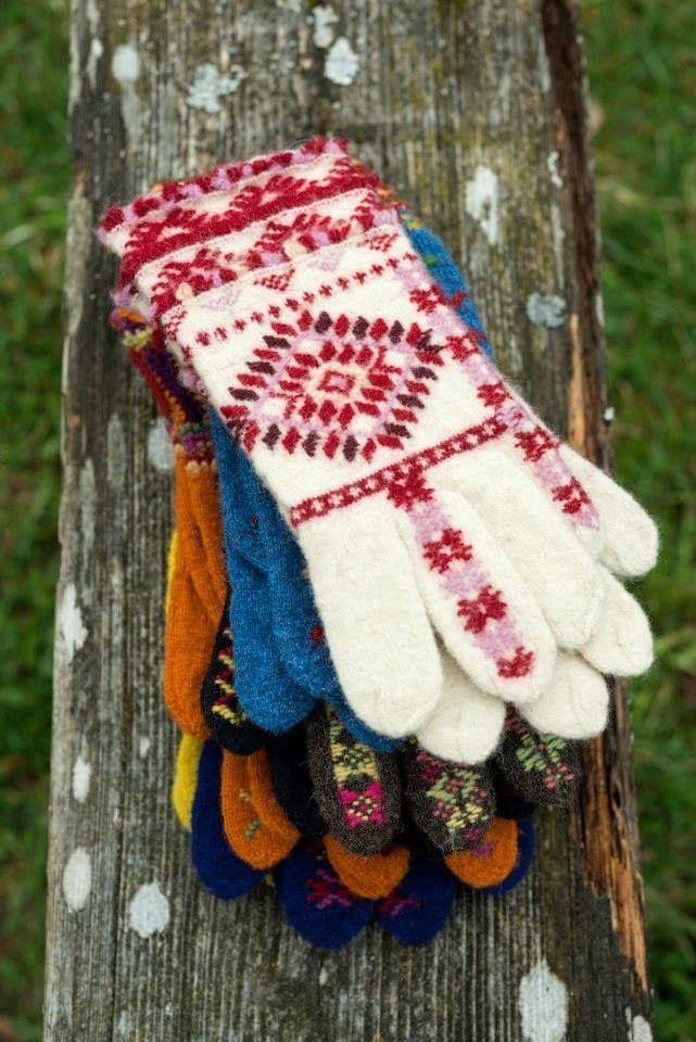 """OmaMood 2014"" (""OwnFashion"") - based on Estonian handicraft traditions  / University of Tartu Viljandi Culture Academy, Estonian Native Textiles Department"