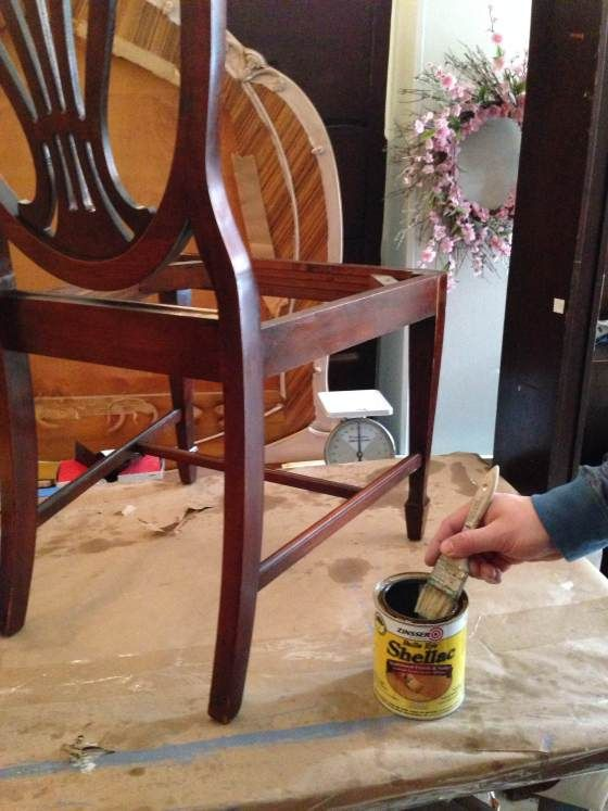 Chalk paint problems how to combat bleed through for Diy chalk paint problems