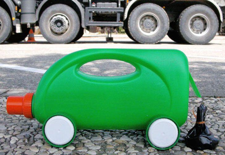 Ricicliamo le bottiglie dei detersivi: costruiamo macchine, camion e camper | Mercatino dei Piccoli
