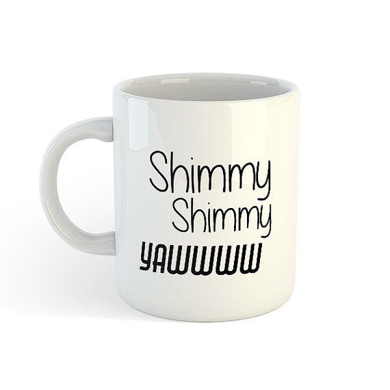 Shimmy Shmmy lacet  🎁 Cette tasse est le cadeau parfait pour votre bureau, pour le jour de Noël, père Noël Secret, mères et pères. Anniversaire ou bureau laissant parti 🎁  ___________________________________  ** LE CADEAU PARFAIT POUR N'IMPORTE QUEL FAN DE HIP HOP ** ___________________________________  SUR LES MUGS  » Hip Hop Mugs sont tous fabriqués dans le Royaume-Uni et expédiés à partir de notre magasin UK.  » Ils sont brillants tasses blanc avec texte noir.  » Le texte sur la photo…