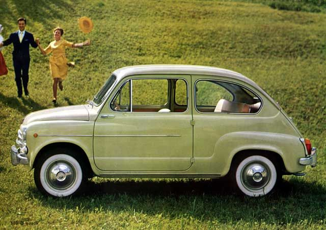 Never knew it before now, but I definitely need a Fiat 600 D someday! Perferably in this very nice happy shade of green.