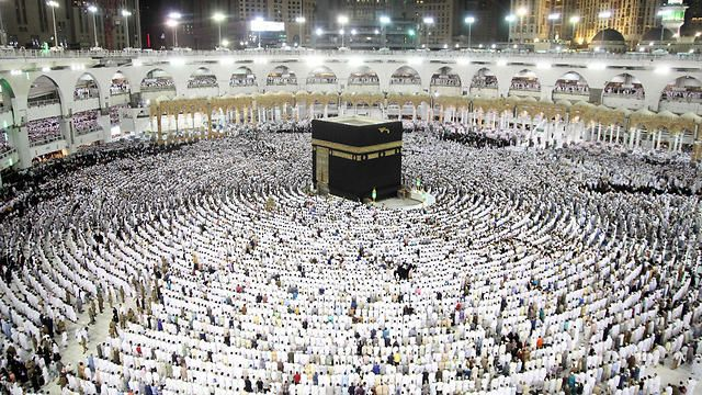 Saudi attack foiled as suicide bomber blows himself up. A suicide bomber blew himself up near the Grand Mosque at Mecca as police disrupted a plot to target the holiest site in Islam just as the fasting month of Ramadan ends, Saudi security forces said Saturday.There, police said they engaged in a shootout at a three-story house a suicide bomber, who blew himself up and led to the building's collapse.